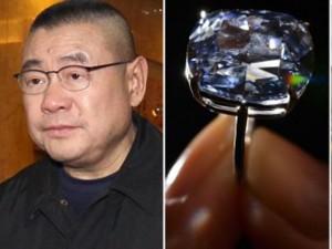 """6 món trang sức kim cương  """" khủng """"  nhất giới nhà giàu"""