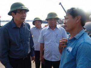 """Tin tức trong ngày - Bộ trưởng NN&PTNT: """"Hải sản cách bờ 20 hải lý đều ăn được"""""""