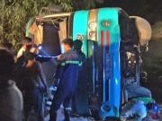 Tin tức trong ngày - Lật xe đưa rước công nhân, 19 người thương vong
