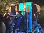 Tin tức trong ngày - Vụ lật xe đưa rước công nhân: Thêm 1 người tử vong