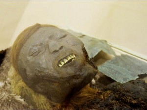 Thế giới - Truy tìm họ hàng của cậu bé xác ướp 800 năm tuổi