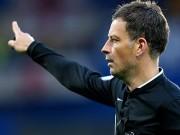 Bóng đá - Trọng tài tai tiếng bắt cả chung kết C1 và FA Cup
