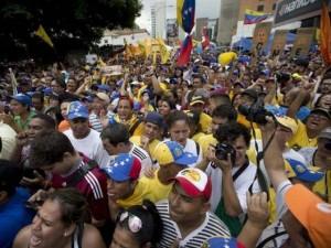 Thế giới - Venezuela: Không sản xuất bia sẽ phải ngồi tù