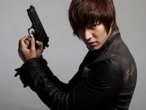 Phim - Lee Min Ho gây phẫn nộ tại Hàn về chuyện đi lính