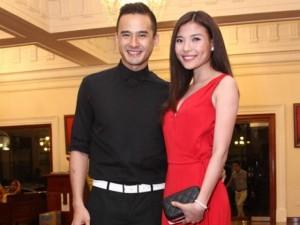 Phim - Vợ chồng Lương Thế Thành lần đầu xuất hiện sau lễ cưới