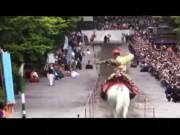 Xem chiến binh Nhật Bản cưỡi ngựa bắn cung cực chất