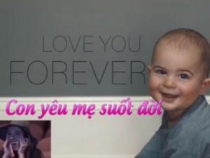 Bạn trẻ - Cuộc sống - Clip: Món quà xúc động bé 9 tháng tuổi dành tặng mẹ