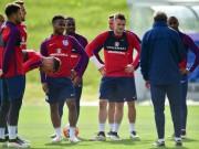 Bóng đá - ĐT Anh hội quân, HLV Hodgson bất bình về an ninh