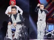 Yanbi ngồi xe lăn hát vẫn bị loại khỏi X-Factor