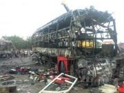 Vụ cháy xe 12 người chết: Tìm được mẹ nhờ chuông điện thoại