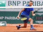 """Thể thao - Hot shot: """"Trai hư"""" bắt vô lê """"ngọt"""" tựa Federer"""