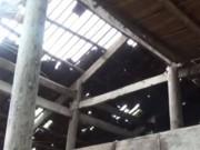 Video An ninh - Thót tim tảng đá 10 tấn rơi xuống nhà dân