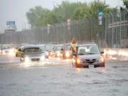 Ô tô - Xe máy - Những chuẩn bị cần thiết cho xế hộp mùa mưa lụt