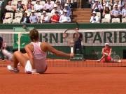 Thể thao - Hot shot Roland Garros: Hai người đẹp vừa ngồi vừa đánh