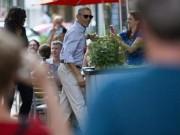 Obama rủ vợ đi ăn nhà hàng sau khi trở lại Mỹ