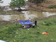 Tin tức trong ngày - Rơi xuống hồ nước, 3 anh em tử vong