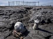 """Du lịch - Ảnh: Ngôi làng bị bùn tấn công 10 năm """"không nghỉ"""""""