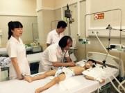 Tin tức trong ngày - Hà Nội: Tắm ở ao làng, anh tử vong, em nguy kịch