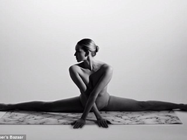 Cô gái Mỹ gây sốt vì khỏa thân tập yoga