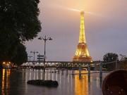 Thế giới - Pháp ngập lụt kỉ lục, sông Seine vỡ bờ