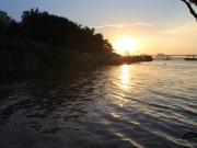 Tin tức trong ngày - Chuyện lạ về người đàn ông 30 năm vớt xác trên sông Hồng