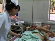 Sức khỏe đời sống - Bế tắc, ông cụ ba lần tự tử không thành ở bệnh viện