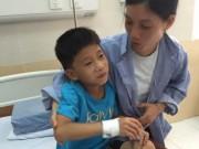 Sức khỏe đời sống - Bé trai bị đuối nước ngừng tim thoát chết kỳ diệu