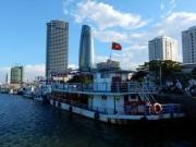 Nỗi niềm những chủ tàu  bị vạ lây  trên sông Hàn
