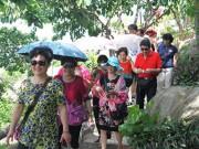 """Tin tức trong ngày - """"Nghi án"""" bảo kê khách Trung Quốc đến Nha Trang"""