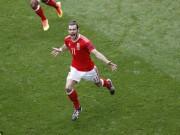 """Bóng đá - Bale sút phạt như Ronaldo biến thủ môn thành """"gã hề"""""""