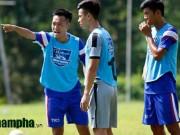 """Bóng đá - Trợ lý của HLV Hữu Thắng cho cầu thủ trẻ """"bở hơi tai"""""""