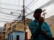 Công chức Venezuela không còn phải ngồi chơi 5 ngày/tuần