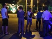 Tin tức trong ngày - Khó xử lý du khách Trung Quốc đốt tiền ở quán bar