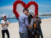 Bạn trẻ - Cuộc sống - Ấn tượng với màn tỏ tình bằng dù lượn tại Đà Nẵng