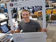 Công nghệ thông tin - Mark Zuckerberg dán kín webcam và jack micro của máy tính