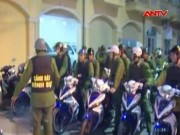 Video An ninh - Bắt 2 cảnh sát rởm nổ súng, cố thủ trong khách sạn