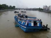 Tin tức trong ngày - Giải cứu thành công tàu mắc kẹt dưới cầu Lê Hồng Phong