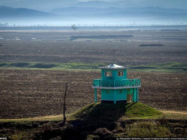 Ảnh: Cảnh sống ở Triều Tiên phơi bày trước biên giới TQ