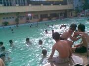 Sức khỏe đời sống - Hiếm có bể bơi đạt chuẩn, hàng chục bệnh đe dọa người dân