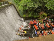 Thế giới - Nhà hàng nằm ngay dưới thác nước đổ ở Philippines
