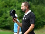 Thể thao - Thú vị: Golf thủ thi nhau đánh 1 gậy trúng lỗ