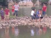 Tin tức trong ngày - Tìm thấy thi thể cuối cùng vụ 4 nữ sinh đuối nước