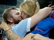 Bóng đá - Ảnh đẹp Euro 28/6: Vũ điệu Conte và nụ hôn Iceland