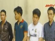 Video An ninh - Chọc giận côn đồ, hai thanh niên bị truy sát dã man