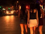 Tin tức trong ngày - Hà Nội còn 7 điểm mại dâm công cộng
