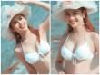 """Lâm Khánh Chi diện bikini khoe dáng nuột và chân dài """"miên man"""""""