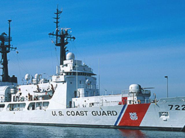 Hình ảnh mới nhất trên Biển Đông của tàu sân bay Mỹ sắp đến Việt Nam - 27