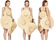 Váy làm 100% từ mũ, sáng tạo hay cạn ý tưởng?