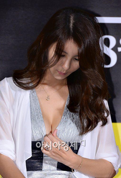 Muôn vàn chiêu PR của mỹ nữ Hàn - 6