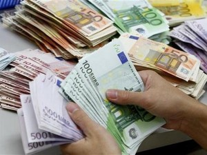 Ngân hàng - Khủng hoảng Hy Lạp có ảnh hưởng đến đồng tiền Việt?